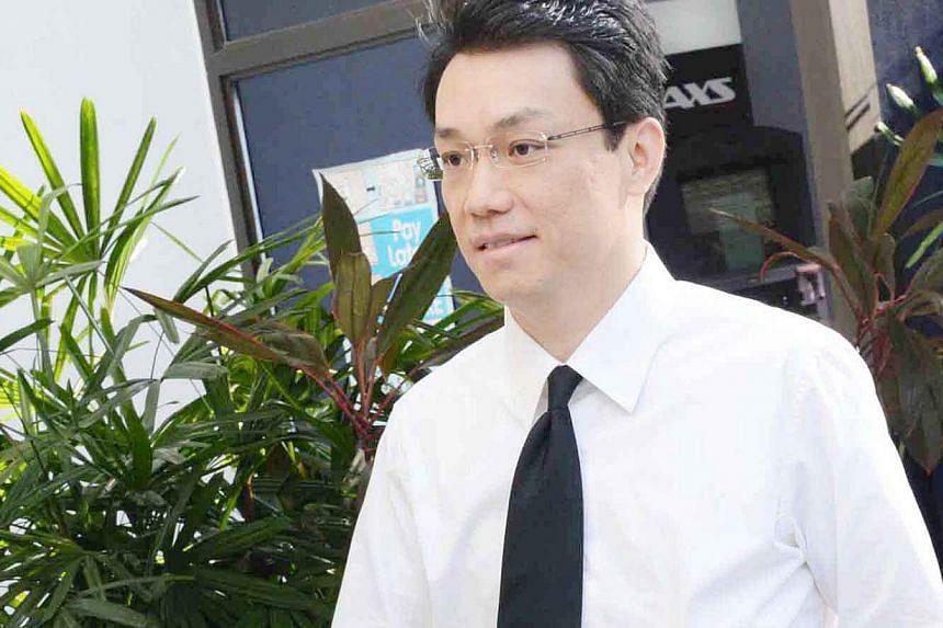 Law professor Tey Tsun Hang at the Subordinate Courts on April 3, 2013. -- TNP FILE PHOTO: BENJAMIN SEETOR