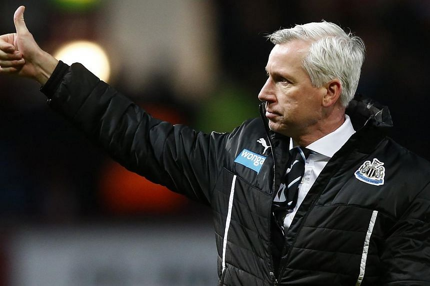 """Newcastle manager Alan Pardew has apologised for his shocking headbutt on Hull's David Meyler, claiming the ugly incident """"was a heat of the moment thing"""" during his side's 4-1 win on Saturday. -- FILE PHOTO: REUTERS"""
