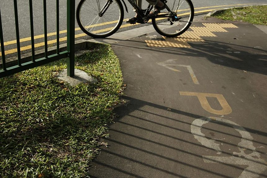 The Land Transport Authority (LTA) will build short cycling links to connect 11 MRT stations to nearby park connectors.-- ST FILE PHOTO:MARK CHEONG