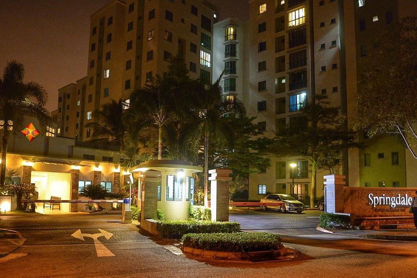 The entrance to Springdale Condominium along Hindhede Walk in Bukit Timah.-- ST PHOTO: DESMOND WEE