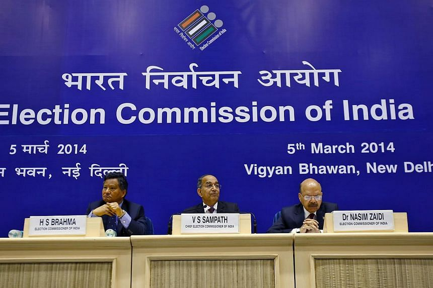 India's Chief Election Commissioner V. S. Sampath () listens to a reporter's question during a news conference to announce election dates, in New Delhi March 5, 2014. India's mammoth parliamentary election will start on April 7, authorities announced