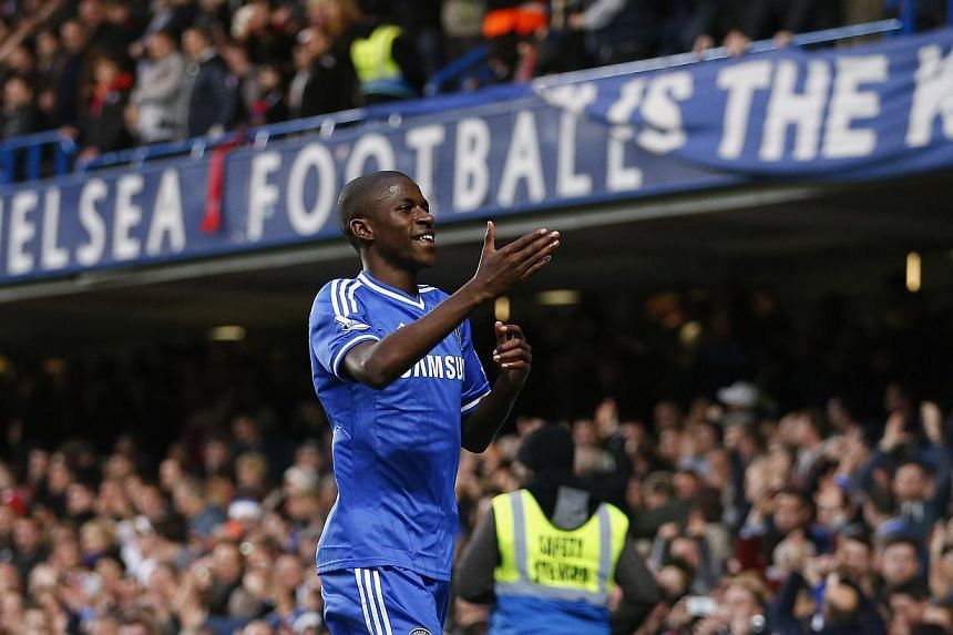Ramires of Chelsea celebrates scoring against Crystal Palace during their English Premier League soccer match at Stamford Bridge, London on Dec 14, 2013. -- FILE PHOTO: REUTERS