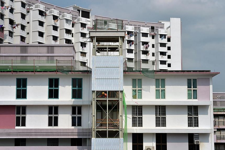 Amid MPs and residents' recent queries about delays, the Housing Board has said that all blocks are on track to have their lifts ready by the end of the year - the deadline for the last stretch of the 13-year Lift Upgrading Programme. -- ST FILE PHOT