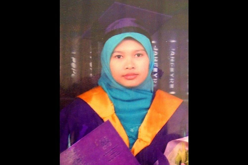 The charges against Malaysian teacher Nurul Rohana Ishak, who slipped past immigration officers at Woodlands Checkpoint, were withdrawn by the prosecution on Friday on account of her mental illness. -- FILE PHOTO:THE STAR/ASIA NEWS NETWORK