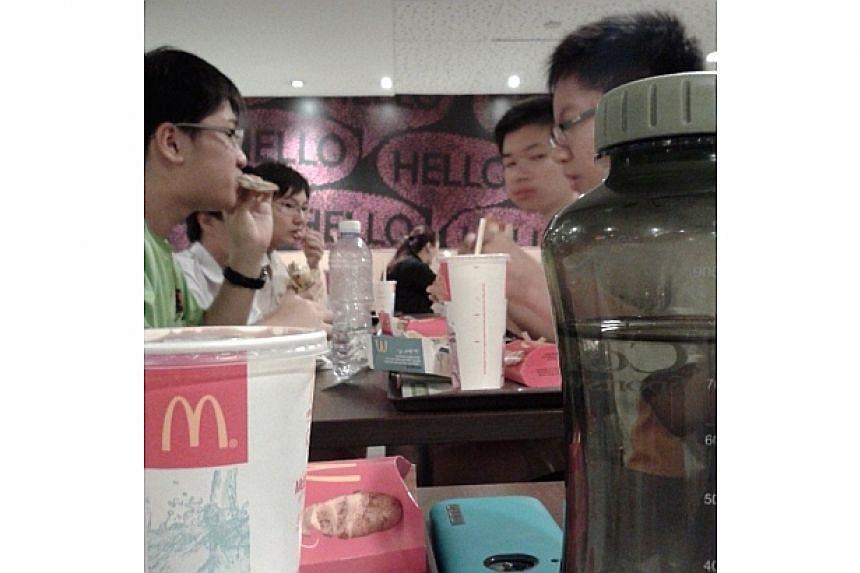 Having dinner at KAP Macs as a CCA before it closes down.-- PHOTO: INSTAGRAM USER RYAN_PIKACHU_LOW