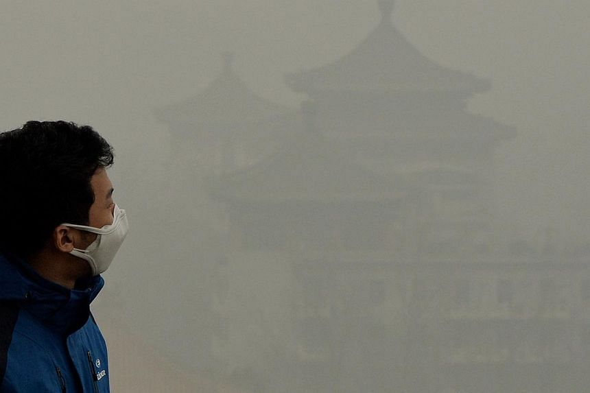China has pledged that it will make sure that 60 per cent of its cities meet national pollution standards by 2020, with pressure growing to make cities liveable as hundreds of millions of migrants are expected to relocate from the countryside. -- FIL