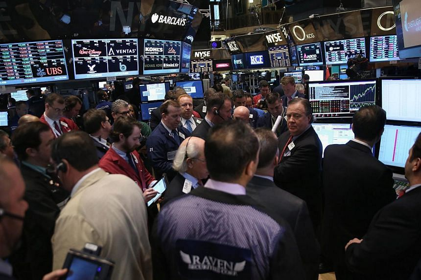Traders wait for the Initial Public Offering for Castlight Health on the floor of the New York Stock Exchange after the opening bell on March 14, 2014 in New York City. United States (US) stocks climbed for a second straight session on Tuesday, with