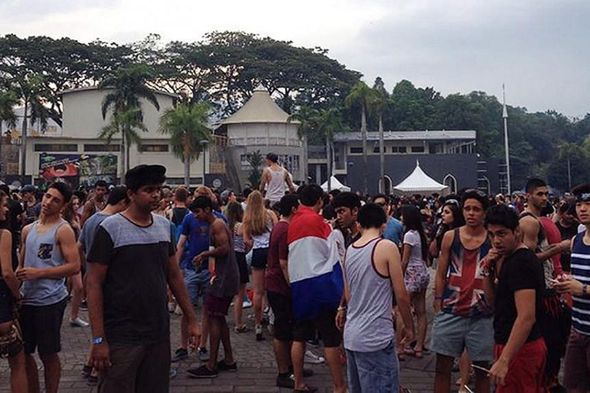 Malaysian police arrested 29 people for alleged drug offences at the Future Music Festival Asia in Kuala Lumpur last Saturday. Singaporean Chua Wen Hu collapsed at the Jakarta leg of the music tour and died later.