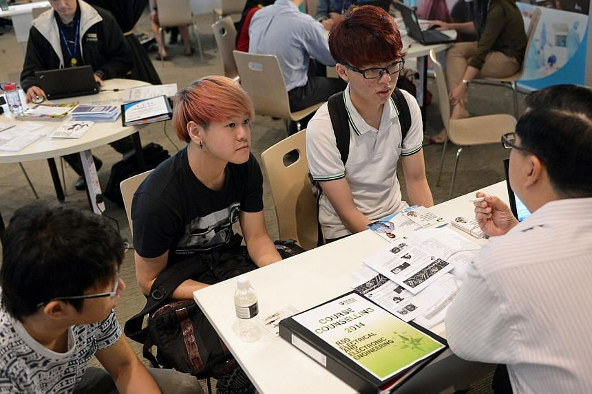 Potential Republic Polytechnic students attend the school's course counselling sessions. -- ST FILE PHOTO: NG SOR LUAN