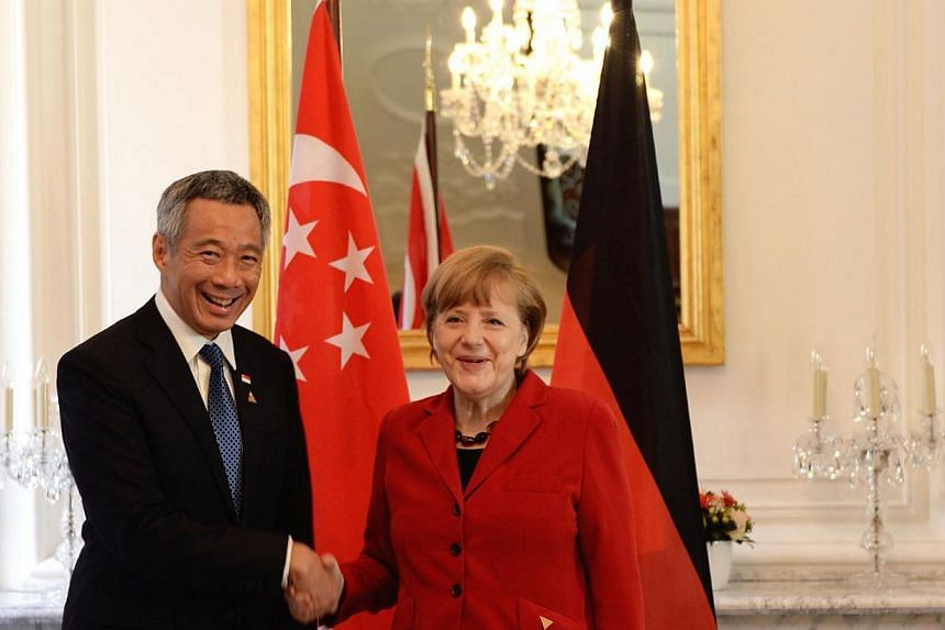 Prime Minister Lee Hsien Loongcalled on German Chancellor Angel Merkel at the German Residence in The Hague on Tuesday morning, March 2, 2014. MrLee discussed the Russian annexation of Crimea with German Chancellor Angela Merkel on Tuesda