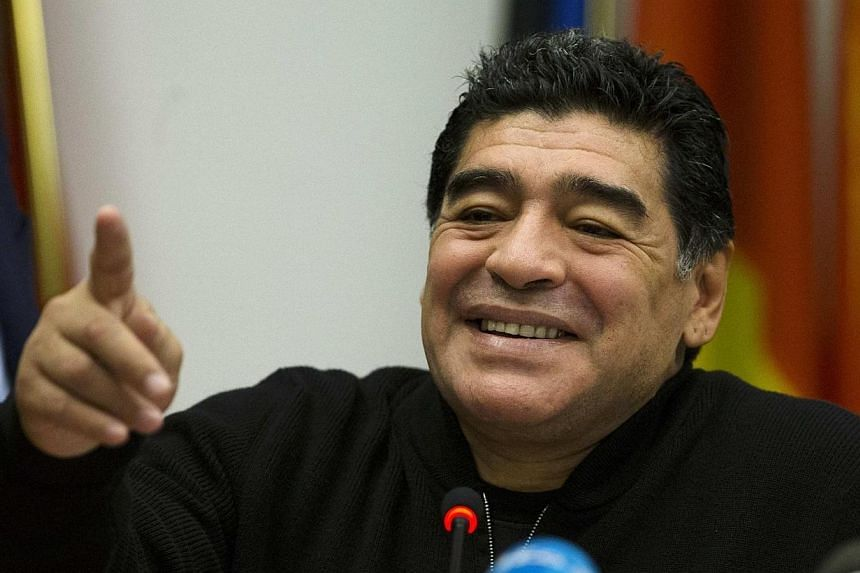 Pakistan's football chiefs on Thursday, March 27, 2014, invited Diego Maradona to visit the country after the Argentina legend disparagingly compared his own association to the South Asian nation's. -- FILE PHOTO: REUTERS