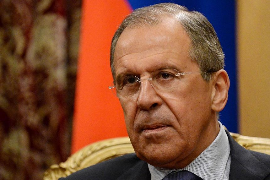 Russia has absolutely no intention of ordering its armed forces to cross over the Ukrainian border and the divisions between Moscow and the West on the crisis are narrowing, Russian Foreign Minister Sergei Lavrov said on Saturday, March 29, 2014. --