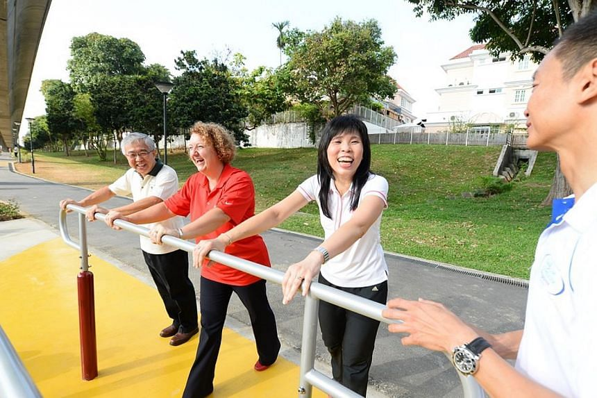 (From left) Mr Kong Yit San (Asst CEO, NPARKS Garden City Fund) Ms Gill McLaren (GM Coca-Cola Singapore) and Ms Jessica Tan Soon Neo. -- PHOTO: NATIONAL PARKS BOARD