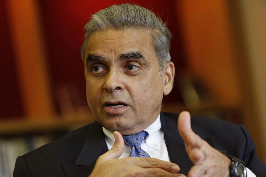 Prof Kishore Mahbubani, dean of the Lee Kuan Yew School of Public Policy. Diplomat Kishore Mahbubani has been named by a leading British current affairs magazine as one of this year's top 50 world thinkers. -- ST FILE PHOTO: DESMOND LUI
