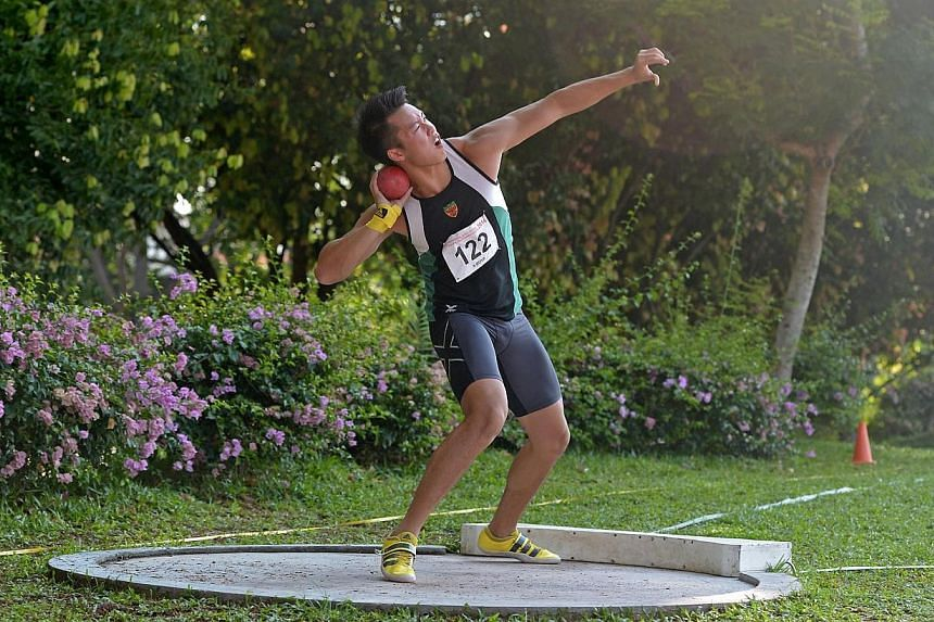 Raffles Institution's (RI) Brian See won the A Division Boys shot put title with a throw of 16.51m to make it 10 consecutive throwing titles in five years, during the fifth day of the 55th National Inter-School Track and Field Championships. -- ST PH