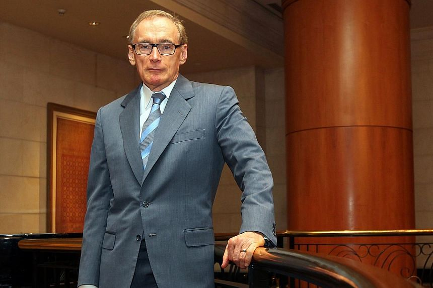 Former Australian foreign minister Bob Carr on Thursday defended his new book in which he savages colleagues, speculates about whether US peers have had plastic surgery and derides business class travel as inspired by the slave trade. -- ST FILE PHOT