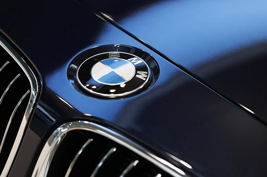 German carmaker BMW said it would voluntarily recall more than 156,000 vehicles in the United States, including its popular 3 Series compact sedan, to check for potentially defective bolts that could lead to engine damage. -- FILE PHOTO: REUTERS
