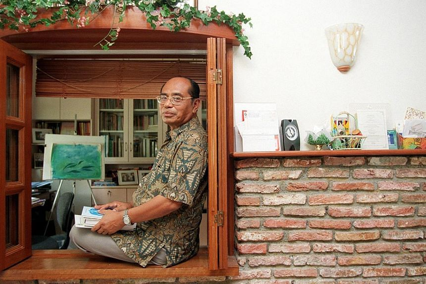 Abdul Ghani Abdul Hamid, the 1999 Cultural Medallion recipient, at his Tampines flat, which was done like an English cottage by his architect son, in 2005. PHOTO: ST FILE