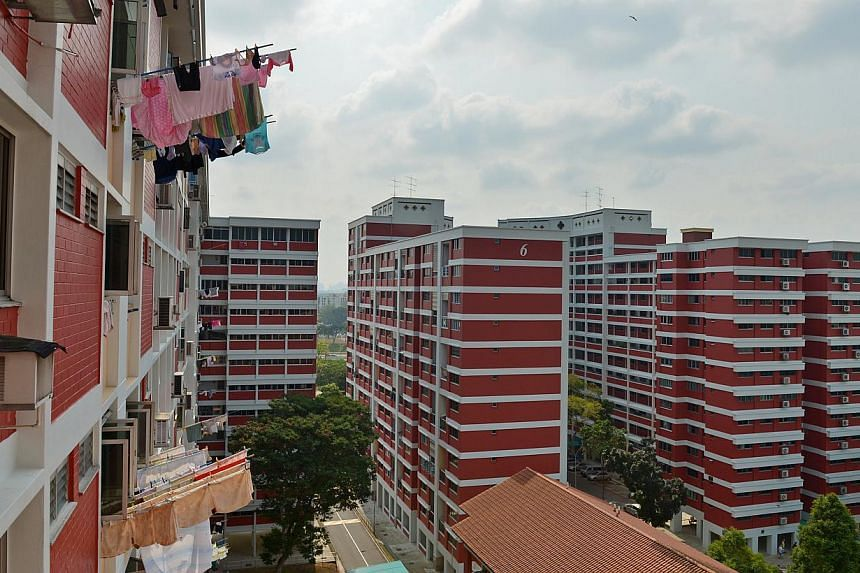 The Housing Board's Assistance Scheme for Second-Timers (Divorced/Widowed Parents) allocates 5 per cent of new two- and three-roomers in non-mature estates to divorced or widowed persons with children under 16 years old. -- ST FILE PHOTO: CAROLINE CH