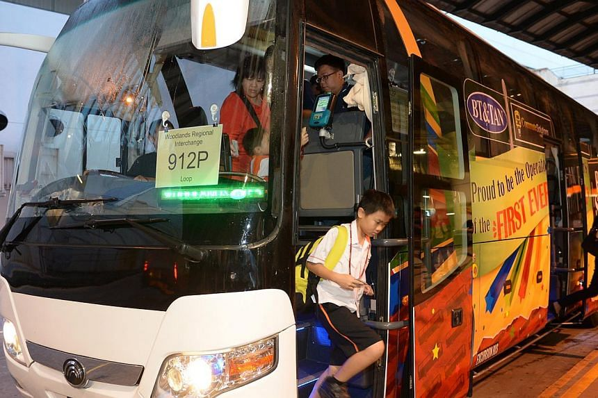 Launch of Service 912P, the first peak period short service to be operated by a private bus operator, on April 14, 2014. A new privately-run feeder bus service, introduced to cut waiting times and congestion for Woodlands residents who use route