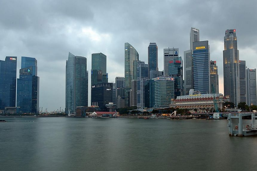 The Singapore economy grew 5.1 per cent in the first quarter of 2014 from the same period last year, boosted by strong growth in manufacturing and construction. -- ST FILE PHOTO: DESMOND WEE