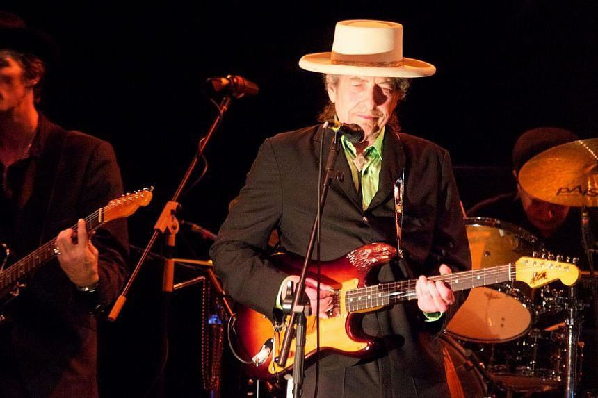 Bob Dylan performing at the Marina Promenade on April 15, 2011. A Paris court on Tuesday dismissed a case against him on charges of incitement to hatred after he was quoted allegedly comparing Croats to Nazis.-- FILE PHOTO: JONATHAN WONG