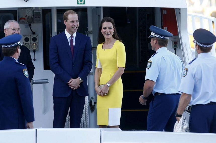 Catherine, the Duchess of Cambridge, meets with fans outside Sydney's iconic landmark Opera House, on April 16, 2014. -- PHOTO: AFP