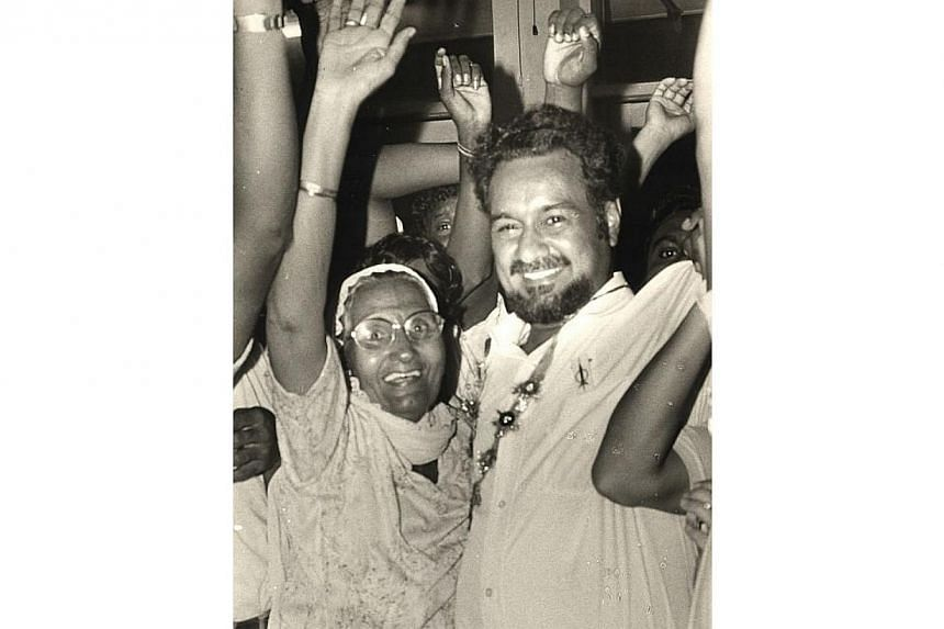 Karpal Singh with his mother. -- FILE PHOTO: THE STAR / ASIA NEWS NETWORK