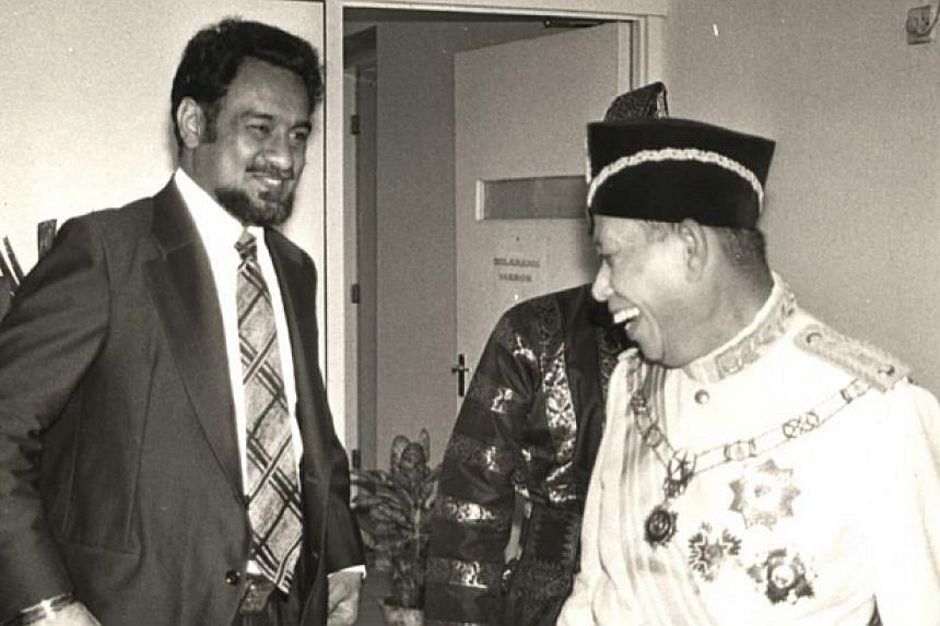 1978: Karpal Singh sharing a joke with then Penang Governor Tun Haji Sardon Jubir.-- FILE PHOTO: THE STAR/ ASIA NEWS NETWORK
