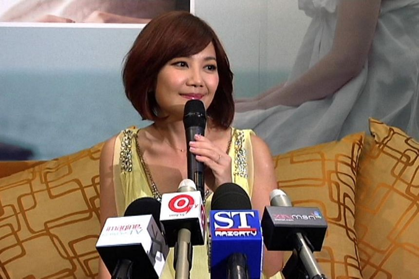 Malaysian singer Fish Leong gave birth to a boy today, said Chinese website NetEase. -- FILE PHOTO:ST RAZORTV
