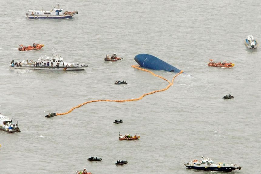 Ships take part in a rescue operation around the Sewol passenger ship, which sank in the sea off Jindo on April 17, 2014. -- PHOTO: REUTERS