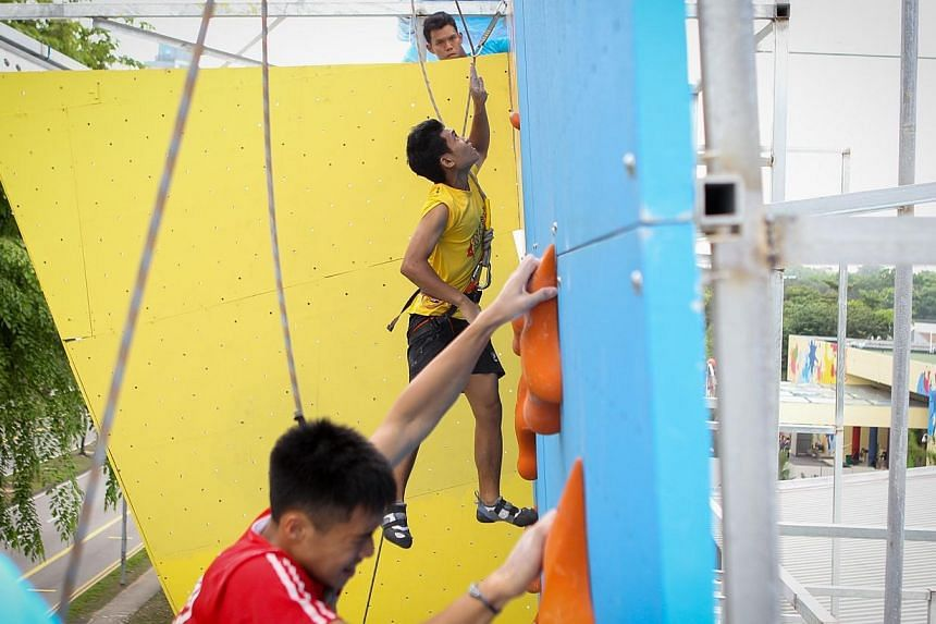 Competitors in the B Division male category. -- ST PHOTO: ONG WEE JIN