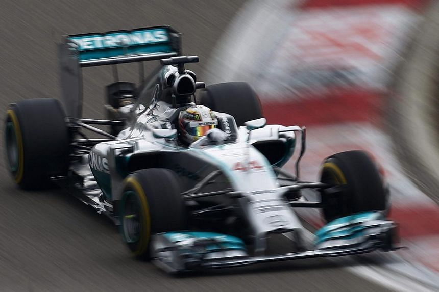 Mercedes Formula One driver Lewis Hamilton of Britain drives during the Chinese F1 Grand Prix at the Shanghai International circuit, April 20, 2014. Lewis Hamilton completed a hat-trick of wins by leading a Mercedes one-two in the Chinese Formul