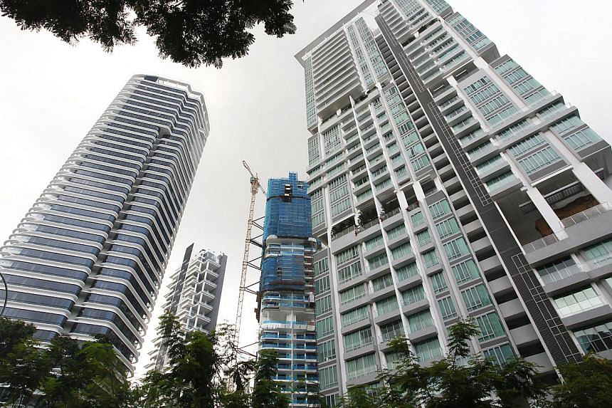 Private home prices fell 1.3 per cent in the first quarter of this year compared with the fourth quarter of last year, the Urban Redevelopment Authority (URA) said on Friday. -- ST FILE PHOTO: DESMOND LUI