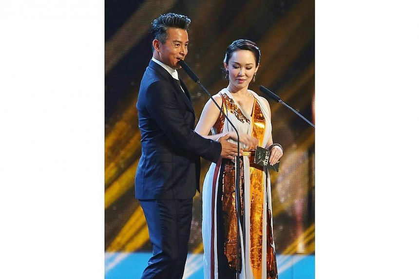 The Star Awards 2014 Show 2. Veteran actress Fann Wong's unborn child stole some of the limelight on Sunday, April 27, 2014, night at the Star Awards. -- NP PHOTO: GAVIN FOO