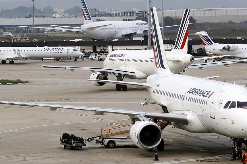 Air France plans to cancel an unspecified number of flights as the result of possible national strike action planned on May 3-30 by pilots union SNPL, the airline said on Tuesday, April 29, 2014. -- FILE PHOTO: AFP