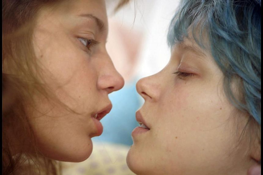 Adele Exarchopoulos (left) and Lea Seydoux in Blue Is The Warmest Color. -- PHOTO: SHAW ORGANISATION