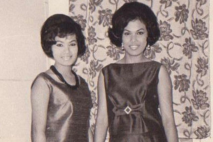 Veteran singer Kartina Dahari (right) with fellow singer, Julie Sudiro, at a dinner event. -- FILE PHOTO: KARTINA DAHARI
