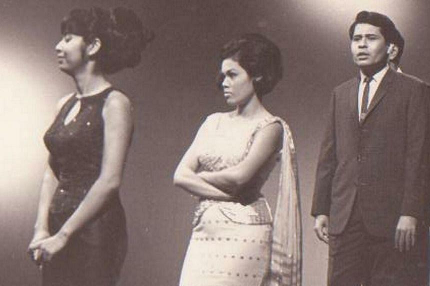Veteran singer Kartina Dahari (centre) during the taping of variety show Kalung Senandong, with fellow singer Alina Rahman (left) and the late Ahmad Daud. -- FILE PHOTO: KARTINA DAHARI