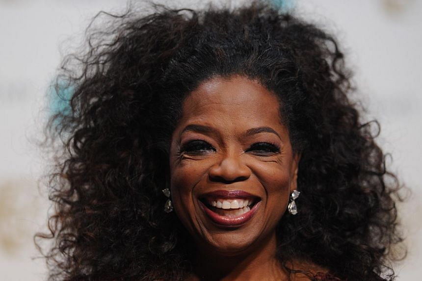 Talk show host turned entertainment mogul Oprah Winfrey is in talks with billionaire media executive David Geffen and Oracle Corp chief executive Larry Ellison to make a bid to buy the Los Angeles Clippers should the team become available, her spokes