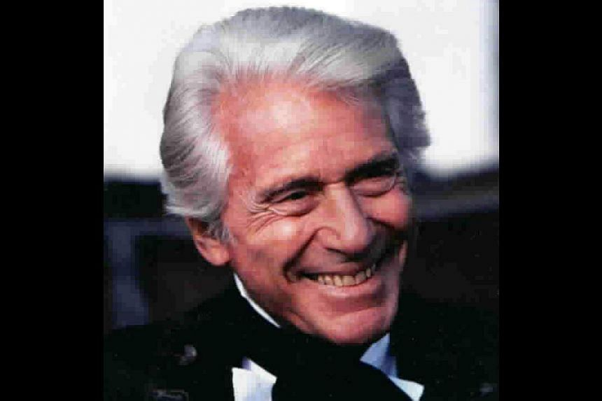 Efrem Zimbalist Jr, who portrayed the indefatigable Inspector Lewis Erskine on the long-running American television series The F.B.I., died on Friday, May 2, 2014, at the age of 95, according to media reports. -- FILE PHOTO: MEDIAWORKS