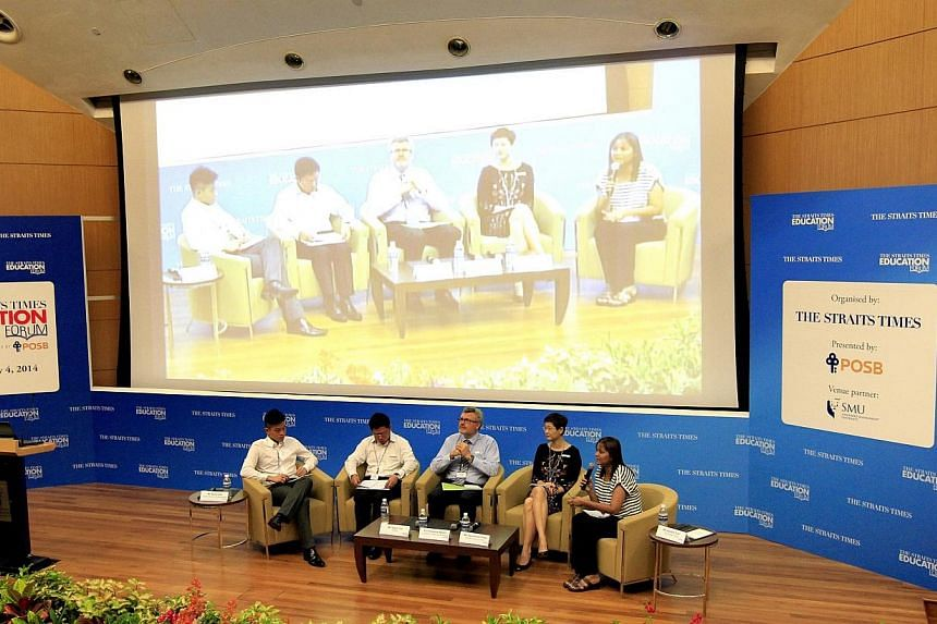 (From left) Final-year National University of Singapore undergraduate David Hoe, POSB expert Stanz Tan, Professor Andrew Martin from University of New South Wales, and Monfort Junior School principal Genevieve Chye taking part in a panel discussion m