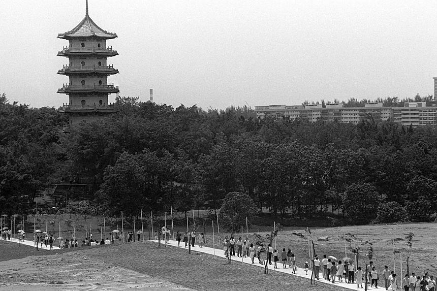 1989. Chinese Garden. -- ST FILE PHOTO: CHEW SENG KIM