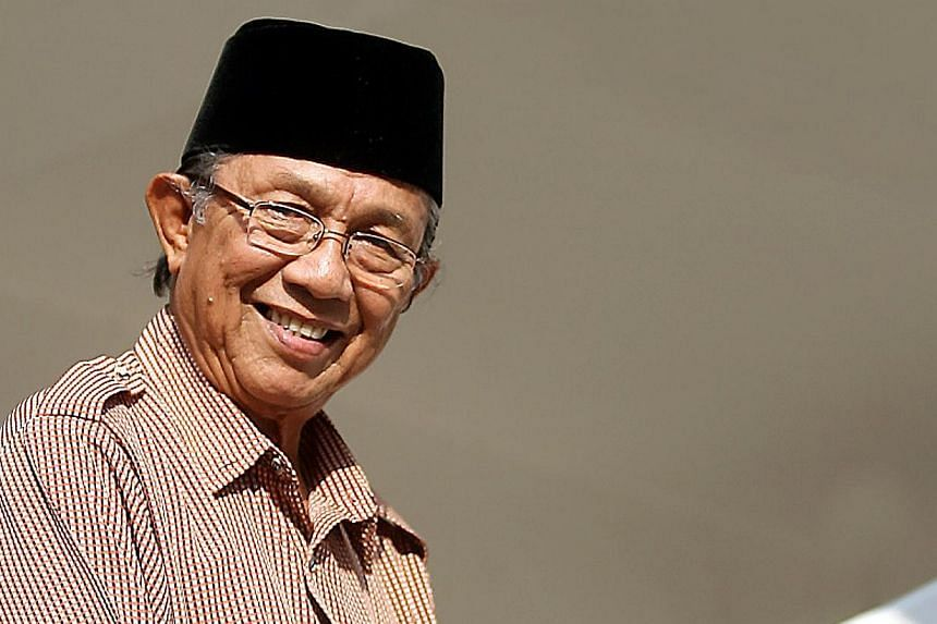 Veteran actor Datuk Abdul Aziz Sattar, who became a household name after acting in the popular Bujang Lapok films, died at the Kajang Hospital around 2am on Tuesday. -- BH FILE PHOTO:MOHD TAUFIK A KADER