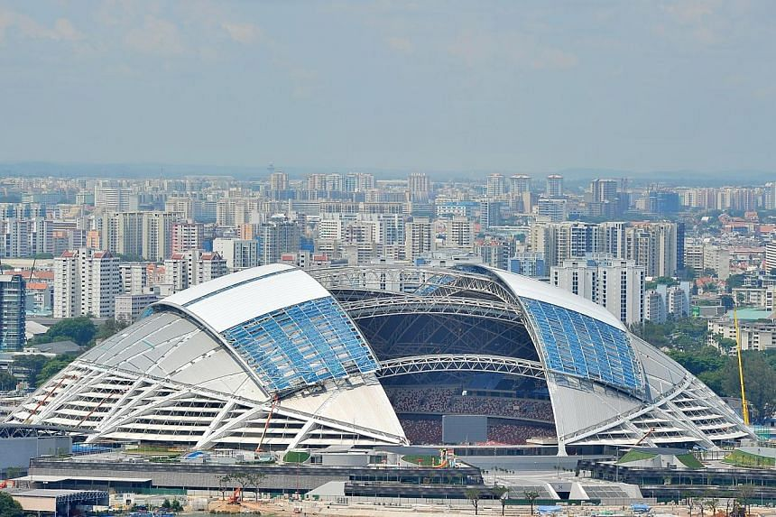 Whenthe Sports Hub makes its grand debut with global events next month, spectators will not have to worry about being unable to tweet their pictures of a rugby touchdown or celebrities such as Taiwanese singer Jay Chou. -- ST FILE PHOTO:L