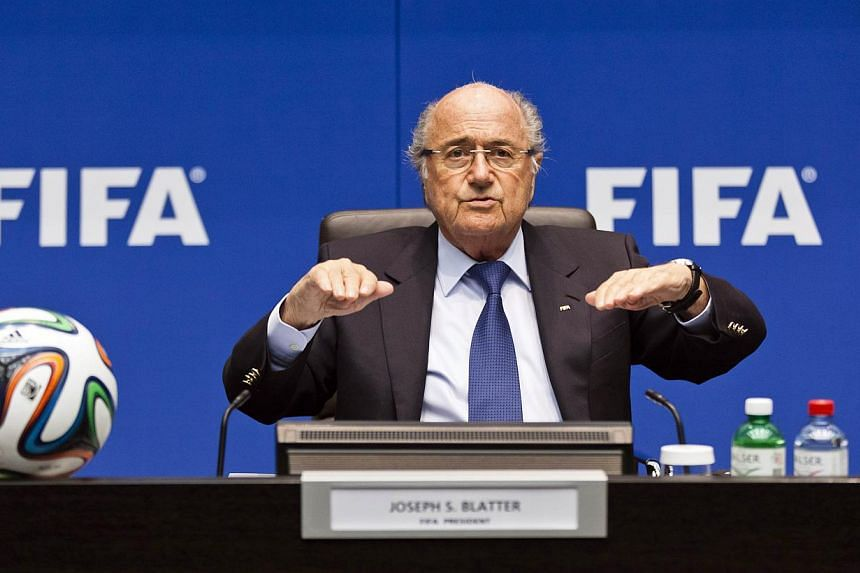 FIFA president Sepp Blatter plans to run for a fifth term as the boss of global football, thNONSPH;newsf-football: e Swiss newspaper Blick said on Friday. -- FILE PHOTO: AFP