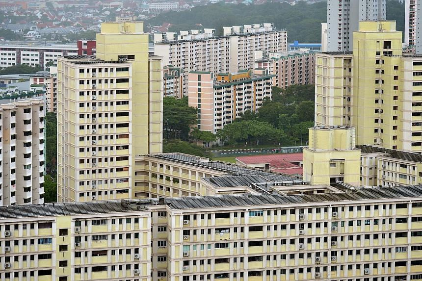 Applications for a housing grant originally meant for low-income earners have surged after it was extended to middle-income households last August. -- ST FILE PHOTO: KUA CHEE SIONG