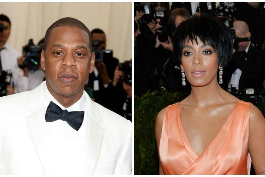 A hip New York hotel said on Monday it's investigating how surveillance video of Beyonce's sister Solange Knowles attacking brother-in-law Jay-Z in an elevator wound up on an Internet gossip site. -- PHOTOS: AFP/ EPA