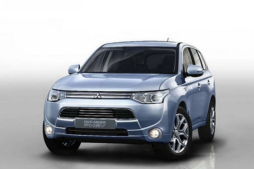 Mitsubishi Outlander PHEV (plug-in hybrid electric vehicle). Despite growing demand for electric vehicles, internal combustion engines are expected to remain the main source of power for cars for the time being. Two of Japan's leading universiti