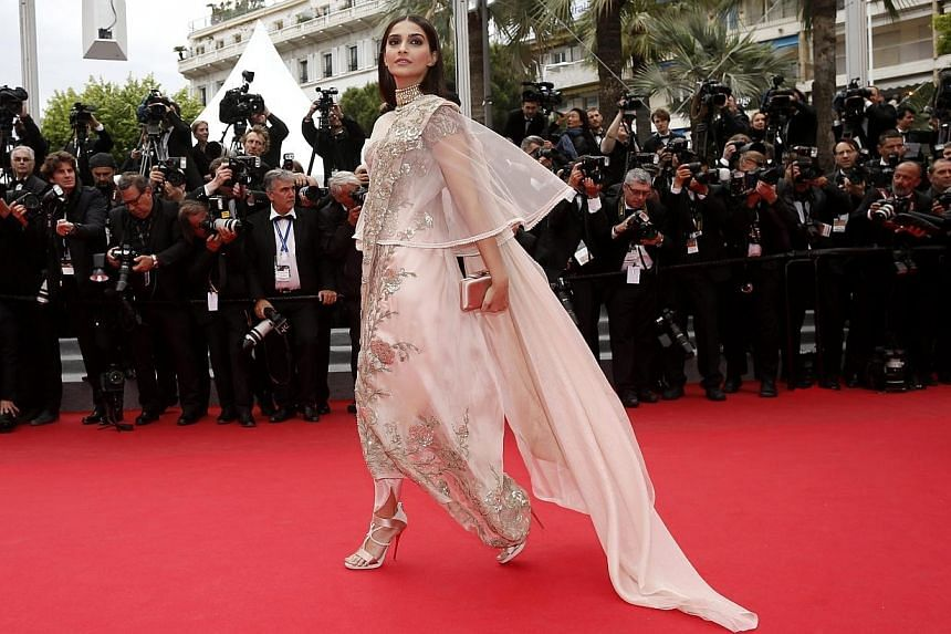 Indian actress Sonam Kapoor arrives for the screening of Foxcatcher during the 67th Cannes Film Festival on May 19, 2014. -- PHOTO: EPA